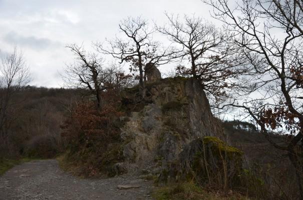 Felsen auf dem Rotweinwanderweg © entdecker-greise.de