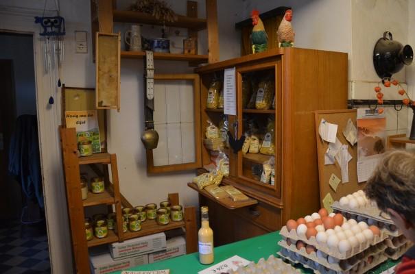 Natürlich einkaufen im Hofladen Schmitz bei Gruiten ©entdecker-greise.de
