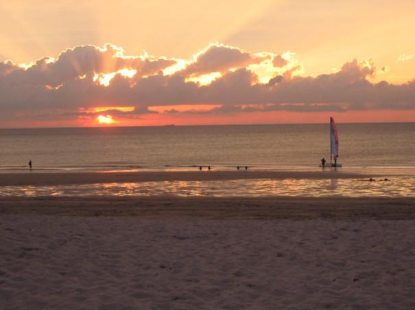 Sonnenuntergang in Holland - Strandidylle pur! ©entdecker-greise.de