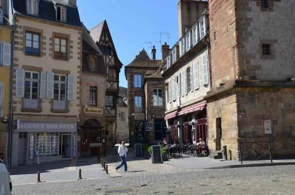 Blick in die historische Altstadt Moulins ©entdecker-greise.de