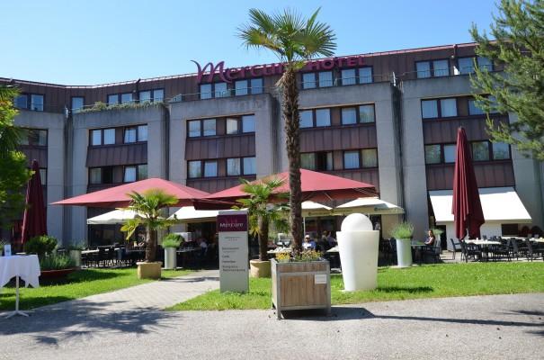 Bei herrlichstem Wetter regionale Köstlichkeiten auf der Terrasse genießen, Hotel Mercure Bregenz City ©entdecker-greise.de