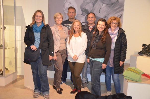 Glückliche und begeisterte Gesichter nach der Führung, hier mi Niko Potsch (3. v. re.) ©entdecker-greise.de