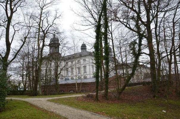 Schloss Bensberg - der Startpunkt meiner Wanderung durch  das schöne Milchborntal ©entdecker-greise.de