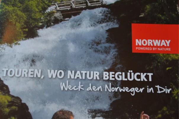 Nicht nur der Norweger wird wach - auch die Abenteurerin ;-) ©entdecker-greise.de