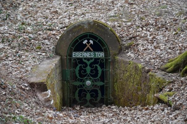 Der Eingang zum Stollen ... ©entdecker-greise.de