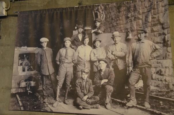 Diese Männer haben hier gebaut und geschuftet, ob ihnen klar war, was und für wen sie hier bauen ... ©entdecker-greise.de