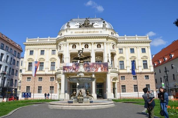 Das historische Gebäude des slowakischen Nationaltheaters. ©entdecker-greise.de