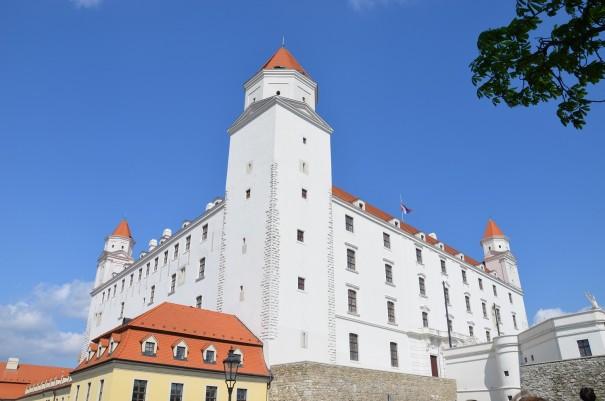 Die Höhenburg Bratislava als ersten Anlauf- und Orientierungspunkt. ©entdecker-greise.de