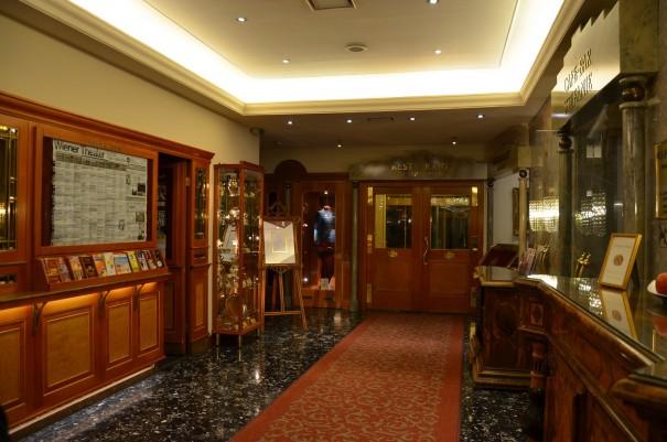 Eleganz und Geschichte findet man im Wiener Schick Hotel Stafanie, im 2. Wiener Bezirk, gleich an der Grenze zum 1. Bezirk. ©entdecker-greise.de