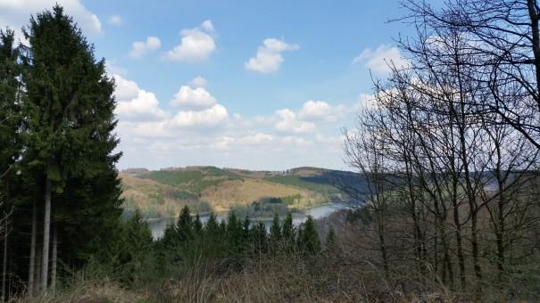 Über die Dhünnhochebene mit der Wasserlandroute. ©entdecker-greise.de