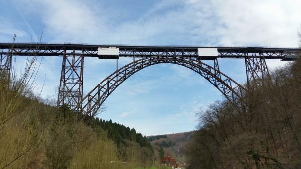 Die Müngstener Brücke im Brückenpark Müngsten. ©entdecker-greise.de