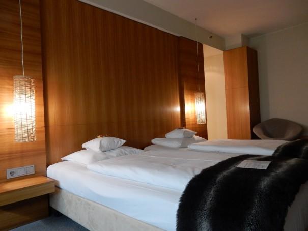 Gemütliches Ambiente in den Zimmern des Lindner Hotels Berlin ©entdecker-greise.de