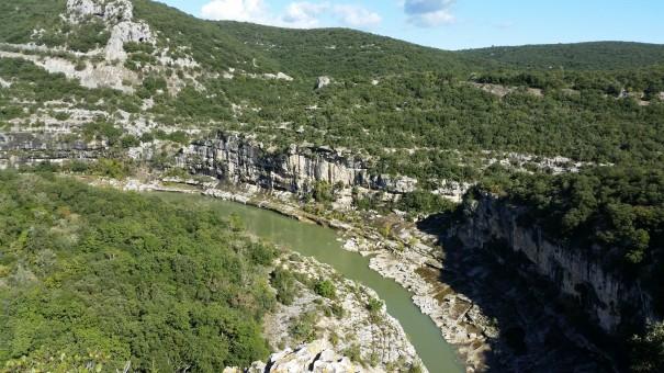 Hier ein Ausblick über das Tal der Ardeche. ©www.entdecker-greise.de
