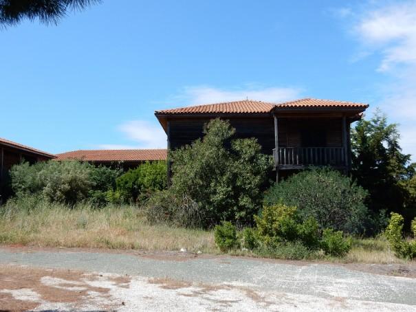 Ein erster Blick auf das Geisterhotel. ©www.entdecker-greise.de #corfelios